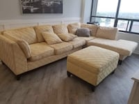 Well made sectional for sale!!   $400 Or  Best OFFER!! Mississauga, L5B 4N4