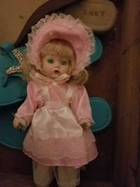pretty porcelain doll League City, 77573