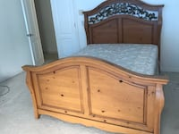 Solid Wood Queen Bedroom Set Lake Mary, 32746