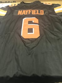 Cleveland browns jersey  Jackson, 08527