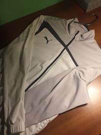 Puma Sweater Mississauga, L5A 2X9