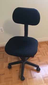 Rolling Desk Chair Mississauga, L5M 7C9