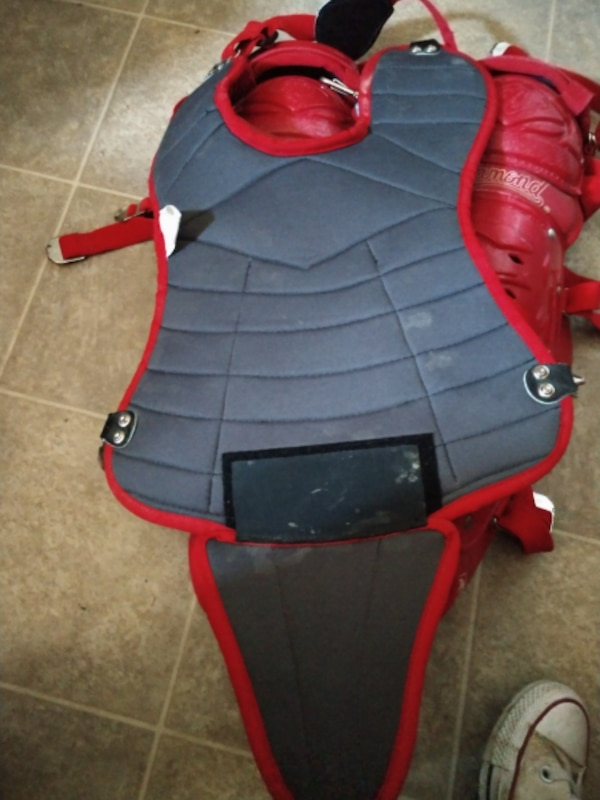 Diamond Catcher's Chest Protector DCP 12 with removable Groin Protecti 1