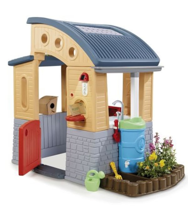 Little Tikes Go Green Play House - FREE DELIVERY! cc17daa9-106b-4489-8af9-098398ccb3a5