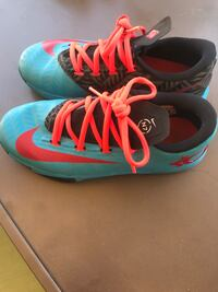 Girls Nike Shoes Great Condition ! San Tan Valley, 85143