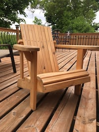 Muskoka chair Junior or petit person plus kids picnic table