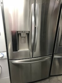 Stainless steel french door refrigerator Burbank, 91502