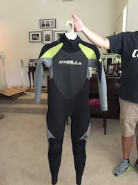 O'Neill  youth  full suit Size 14. 4/3 Lakeside, 92040