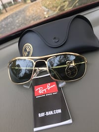 silver framed Ray-Ban aviator sunglasses with case 36 km