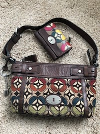 Fossil handbag with matching walket