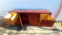 brown wooden single-pedestal desk Gaithersburg, 20879