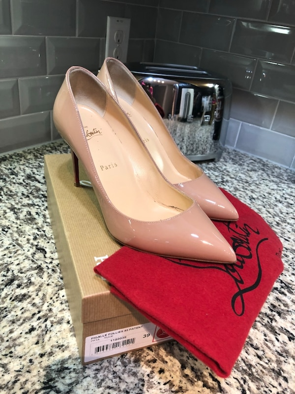 Used christian louboutin women shoes!!! Size 9 for sale in Dallas - letgo f14b723f80