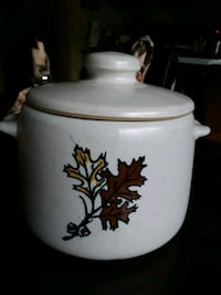 West Bend cookie jar made in the USA