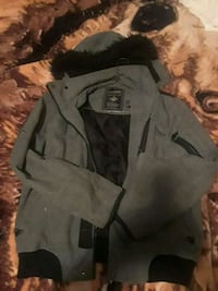 gray and black zip-up jacket Edmonton, T5L 1J5
