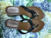 Size 10 le chateau sandals raised heel  Winnipeg, R2M 2C2