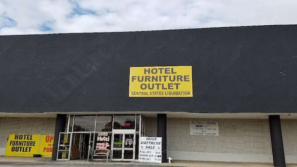 Used Hotel Furniture Outlet For Sale In Collinsville Letgo
