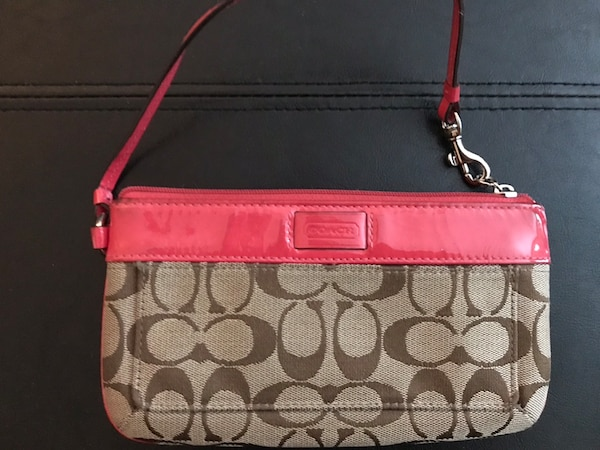 AUTHENTIC COACH Wallet/Wristlet Pink & Neutral