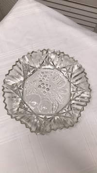 "csystal bowl plste fruits and star leafs 101/2"" plate College Station, 77845"