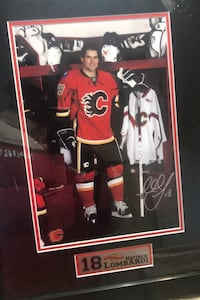 Famous hockey player signature  frame  Calgary, T2A 5T5