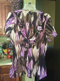 women's purple and white floral blouse Kannapolis, 28081