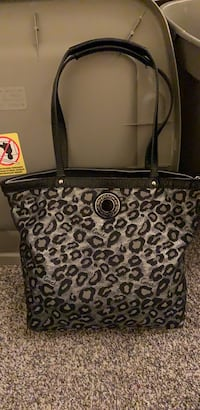 Coach Purse-Silver and Black, good condition! Bel Air, 21015