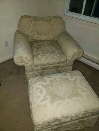 Arm chair with ottoman