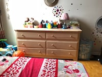 Dresser/wardrobe with six drawers Toronto, M4C