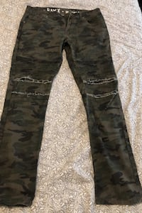 Raw X, camo fitted (size 32x32) NEGOTIABLE  Vaughan, L6A