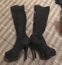 pair of black leather knee-high boots Leesburg, 20175