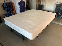 Thick Queen Sized Box Spring - Excellent Condition  Austin, 78746