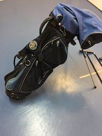 Blue Mountain brand women golf bag- used few times in drive range, like new, excellent condition Toronto, M2N 5R6
