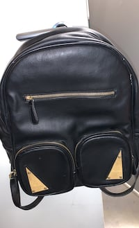 Ladies faux leather backpack Burnaby, V5E 3N2