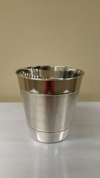 SILVER CHROME PAIL - NEW!! - firm price. Arlington, 22204