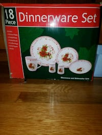 Christmas Dinnerware Set Nashville