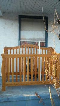 Solid wood crib Pueblo
