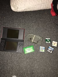 Nintendo DS comes with Pokemon LEAF GREEN, super mario bros, puppy palace, nintendogs, herbie fully loaded Winnipeg, R2M 1Z5