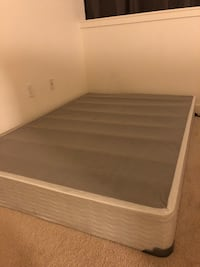 Full size mattress foundation/smart box for $25 null