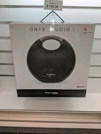 Harman/kardon Bluetooth speaker 1/2 off original pricing Fridley, 55432