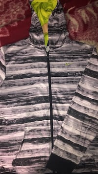 Nike zip up Vancouver, V5X 1W1