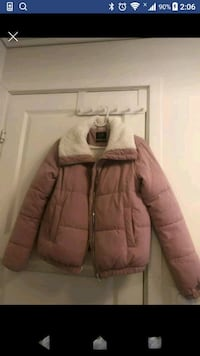 Warm winter jacket 400nok/ H&M boots/shawl 100no Stavanger, 4032