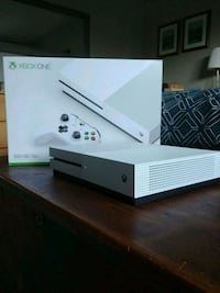 Xbox One S 500gb  Markham, L3R 4M9