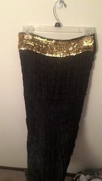 Gold-colored sequinned black pleated skirt Portage, 49024
