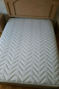 white and gray chevron mattress Montréal, H4R 1T7