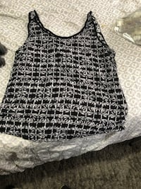 black and white tank top New York, 11429