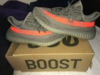 Pair of gray adidas yeezy boost 350 v2 with box Edmonton, T5T