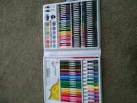 assorted color pencils in box Marysville, 98270