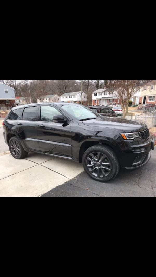 Cat back exhaust system 2,500 miles on it off a 2018 Jeep Grand Cherokee High Altitude 5.7 Hemi. 3684fd49-b383-4c0b-a125-631ef30ff531