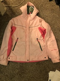 Girls 10-12 Columbia Pink winter coat / slight stains non removable Alexandria, 22306