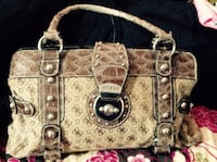 Woman's Guess Purse Great Condition