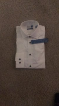 mens small shirt mever worn  Arlington, 22202
